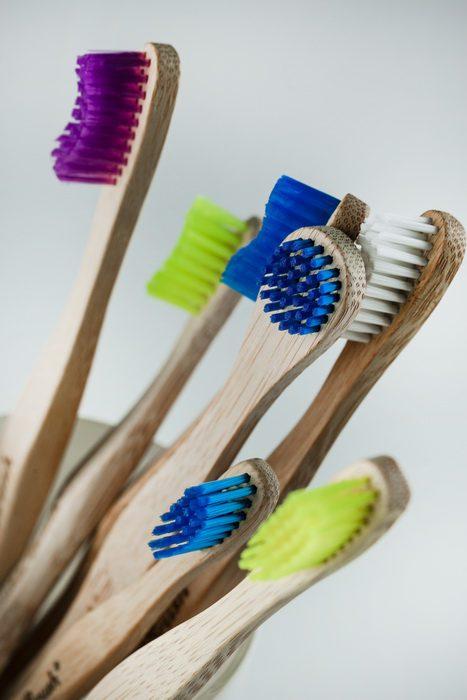 Tandenborstels en tongreinigers